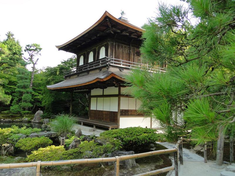 Японский сад. Сад храма Гинкакудзи (Серебряный павильон) в Киото. Ginkaku-ji