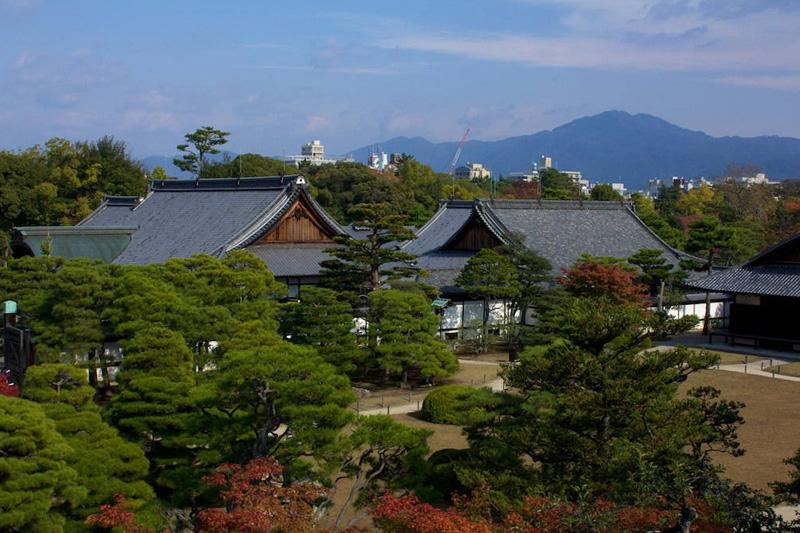 Сады замка Нидзё в Киото