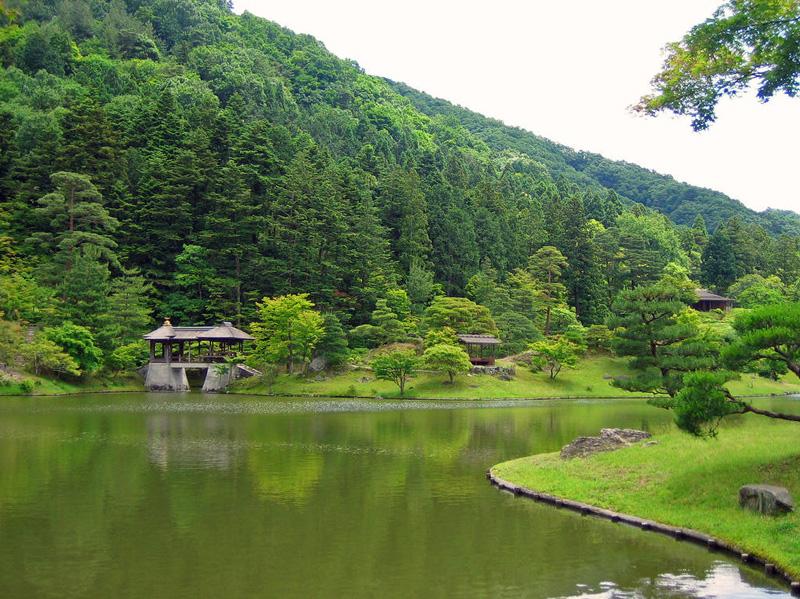 Японский сад. Ансамбль императорской виллы Сюгакуин в Киото. Shugakuin Imperial Villa