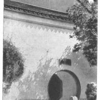 31. Проем в стене жилого дома