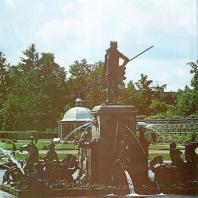 Петергоф. Верхний сад. Фонтан «Нептун»