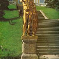 Петергоф. Большой каскад. Западная сторона. Германик. 1801. Золоченая бронза. Копия с оригинала Клеомена. Отливал В. Екимов