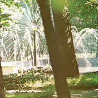 Петергоф. Фонтан «Солнце». 1774—1775. Сооружен по проекту архитекторов Ю. Фельтена и И. Яковлева