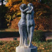 Ломоносов (Ораниенбаум). Скульптура