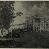 Харьков. Пример озеленения взрослыми деревьями