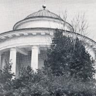 Мавзолей-ротонда в Никольском