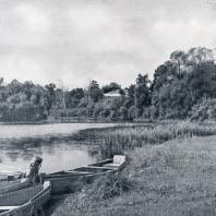 Полотняный завод. Вид на парк с р. Суходрев
